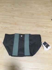 緑色のかばん