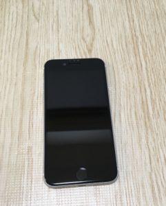 Deff iPhoneSE2 3D ブルーライトカット 強化ガラス保護フィルム 貼り付け後